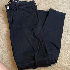 Black ripped american eagle jeans/jeggings